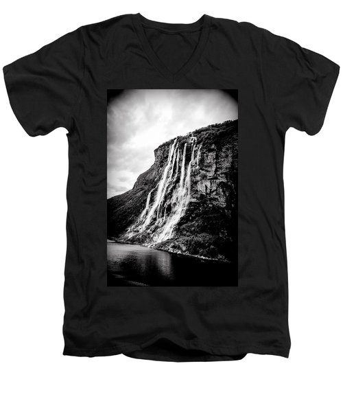 Seven Sisters Waterfall Men's V-Neck T-Shirt