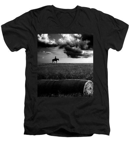 Silhouette Bw Men's V-Neck T-Shirt