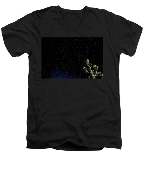 Simply Star's Men's V-Neck T-Shirt