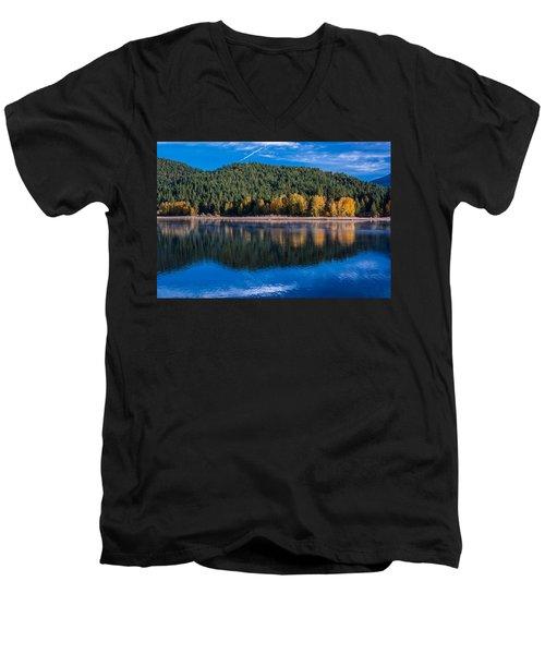 Siskiyou Lake Shoreline Men's V-Neck T-Shirt