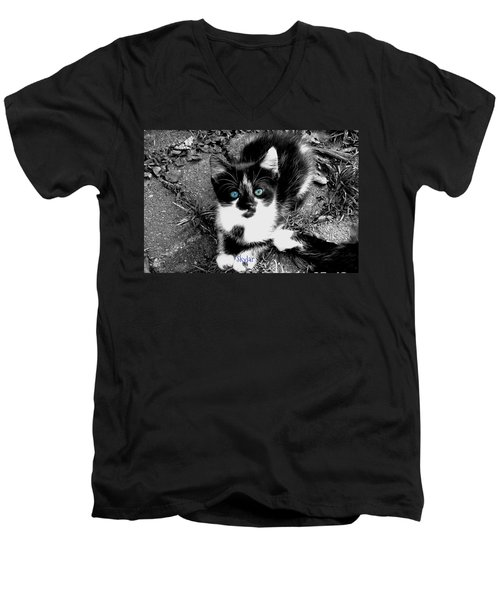 Men's V-Neck T-Shirt featuring the photograph Skylar Aka Dottie by Cynthia Lassiter