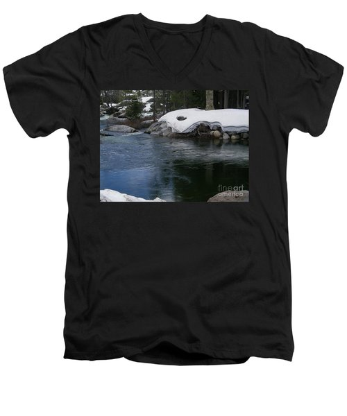 Men's V-Neck T-Shirt featuring the photograph Snowy River Bend by Bobbee Rickard