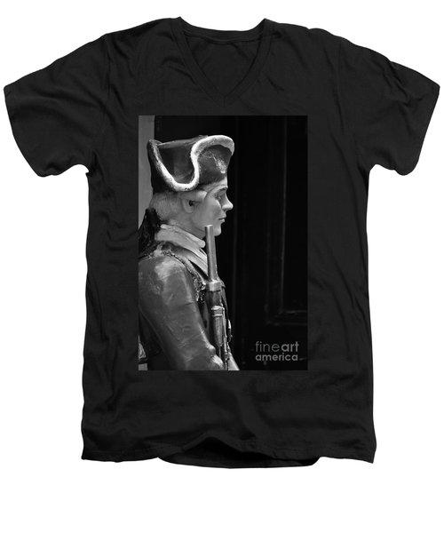 Soldier Statue Boston Ma Men's V-Neck T-Shirt