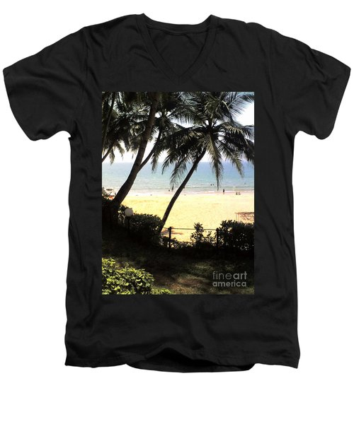 South Beach Men's V-Neck T-Shirt