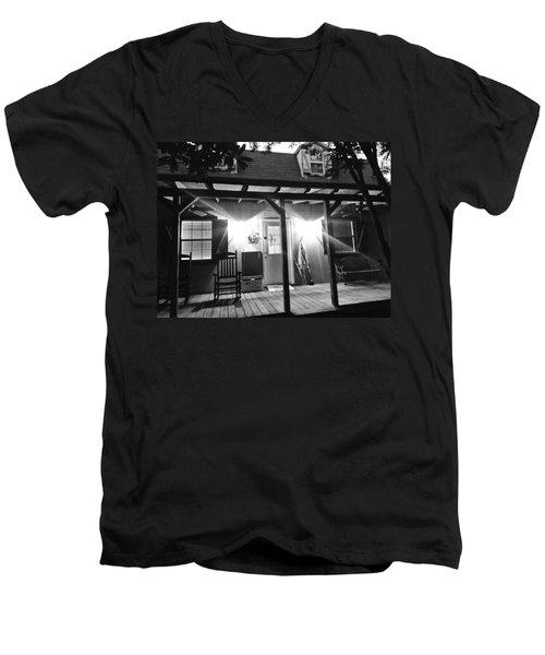 Southern Hospitality Men's V-Neck T-Shirt
