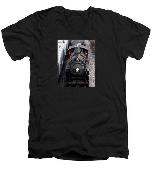 Southern Railway #630 Steam Engine Men's V-Neck T-Shirt
