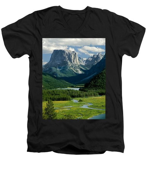 Squaretop Mountain 3 Men's V-Neck T-Shirt