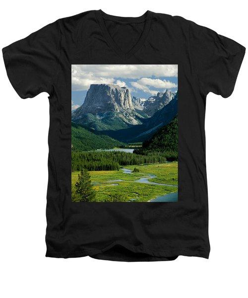 Squaretop Mountain 3 Men's V-Neck T-Shirt