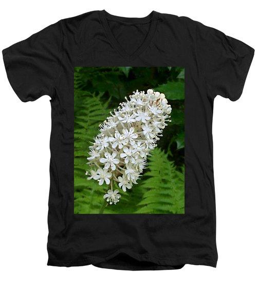 Stagger Grass Lily Men's V-Neck T-Shirt