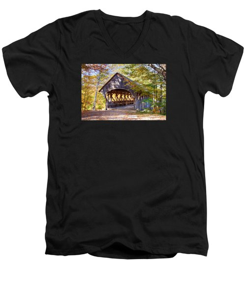 Sunday River Covered Bridge Men's V-Neck T-Shirt