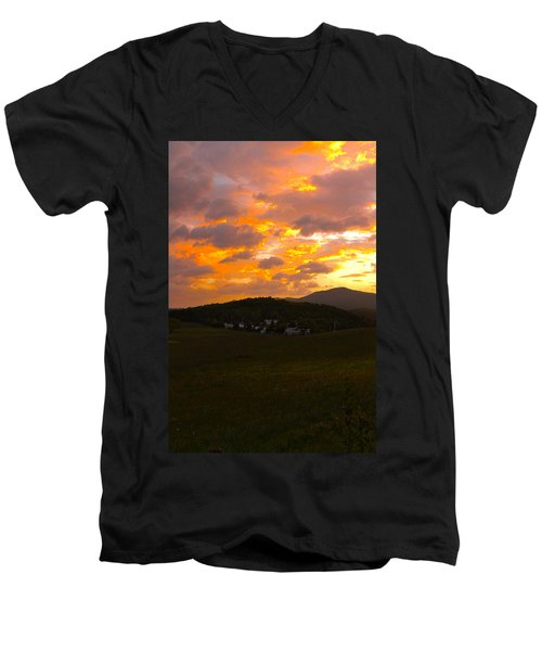 Sunrise In The Smokies Men's V-Neck T-Shirt
