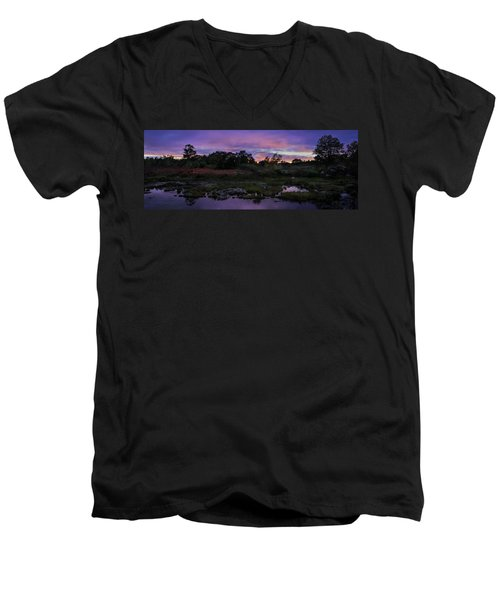 Sunset In Purple Along Highway 7 Men's V-Neck T-Shirt