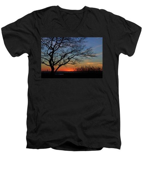 Sunset Tree In Ocean City Md Men's V-Neck T-Shirt