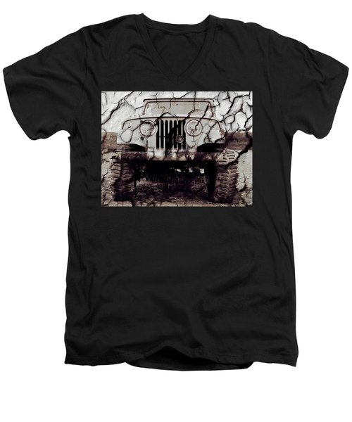 Super Swamper Commando Men's V-Neck T-Shirt