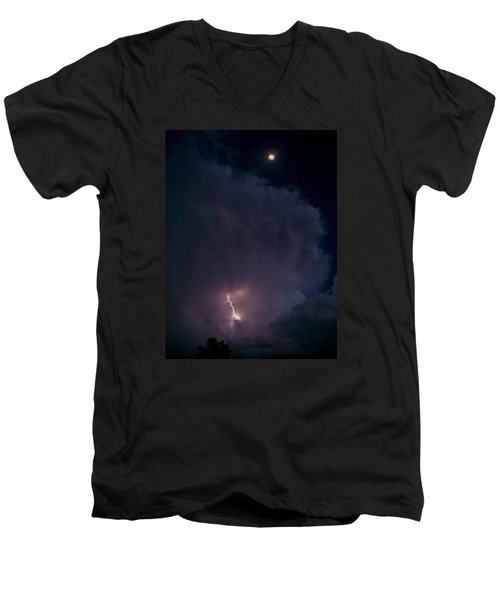 Supercell Moon Men's V-Neck T-Shirt by Ed Sweeney
