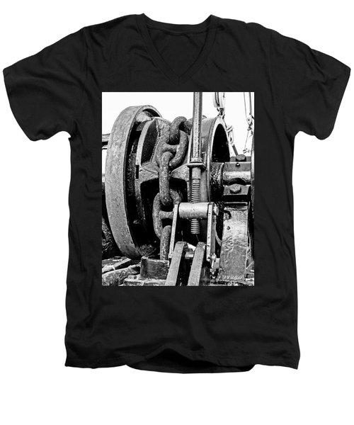 Tall Ship Elissa Anchor Chain Men's V-Neck T-Shirt