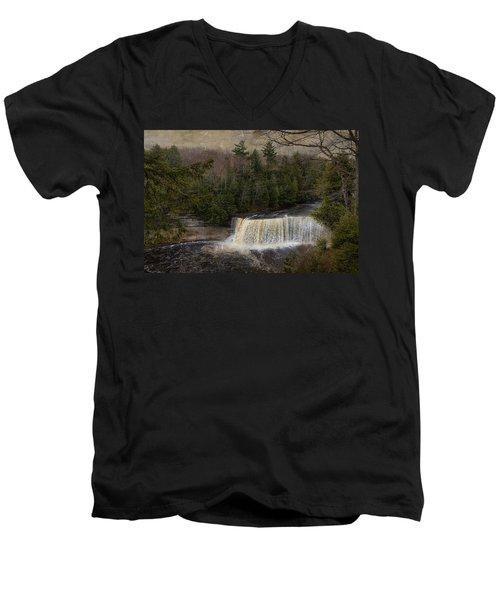 Textured Tahquamenon River Michigan Men's V-Neck T-Shirt