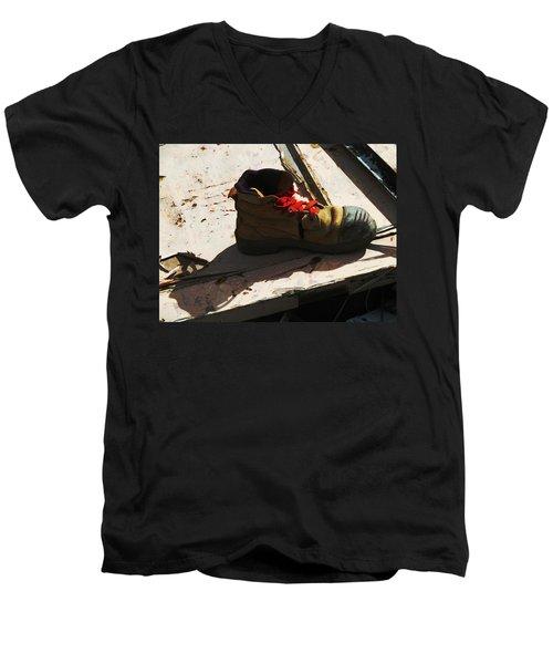 The Ballet Boot Men's V-Neck T-Shirt