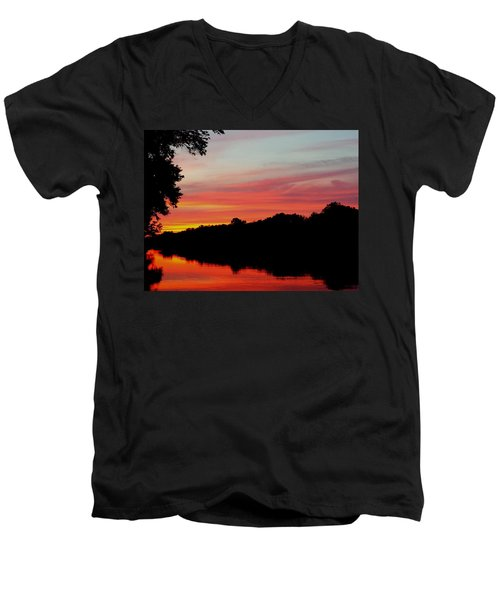 Men's V-Neck T-Shirt featuring the photograph The Cumberland At Sunset by Chris Tarpening