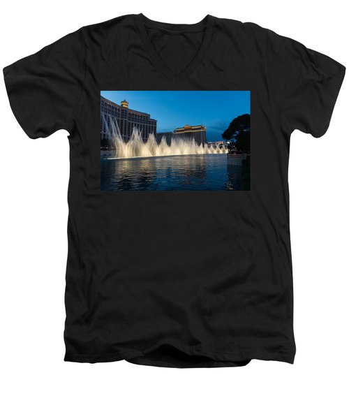The Fabulous Fountains At Bellagio - Las Vegas Men's V-Neck T-Shirt