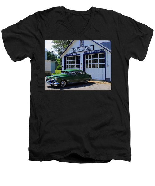 The Fabulous Hudson Hornet Men's V-Neck T-Shirt