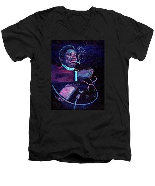 The King Men's V-Neck T-Shirt