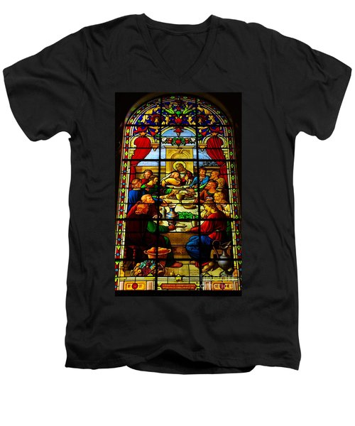 The Last Supper In Stained Glass Men's V-Neck T-Shirt
