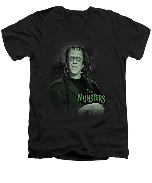 The Munsters - Man Of The House Men's V-Neck T-Shirt