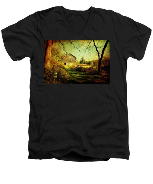 Men's V-Neck T-Shirt featuring the photograph The Old Barn With Texture by Trina  Ansel
