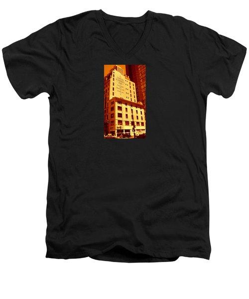The Old Good Days In Manhattan Men's V-Neck T-Shirt