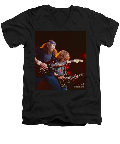 The Outlaws - Hughie Thomasson And Billy Jones Men's V-Neck T-Shirt