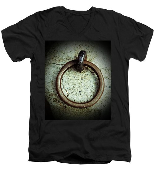 The Ring Men's V-Neck T-Shirt