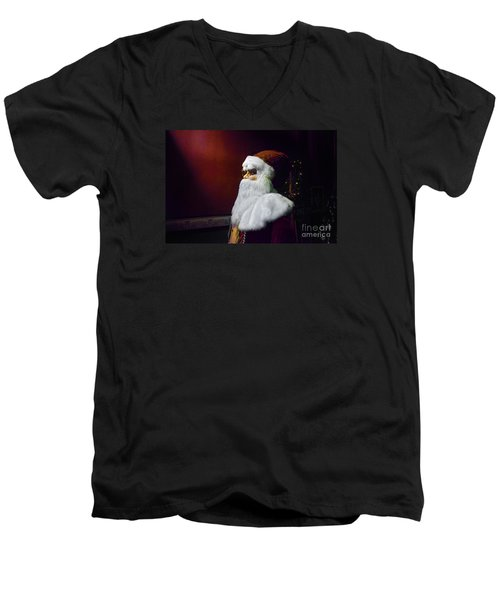 Men's V-Neck T-Shirt featuring the photograph The Spirit Of Christmas by Paul Mashburn