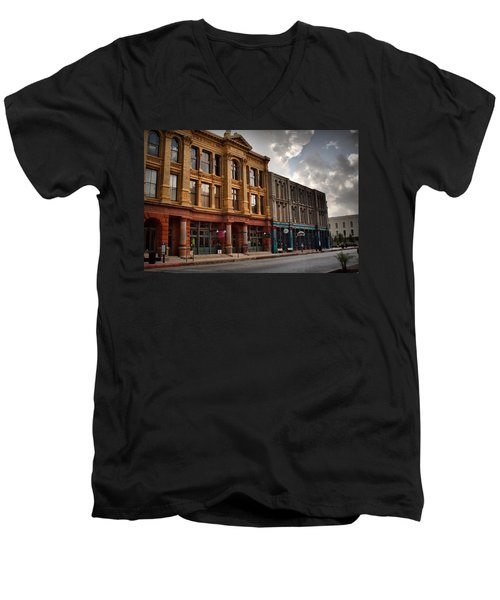 The Strand Men's V-Neck T-Shirt
