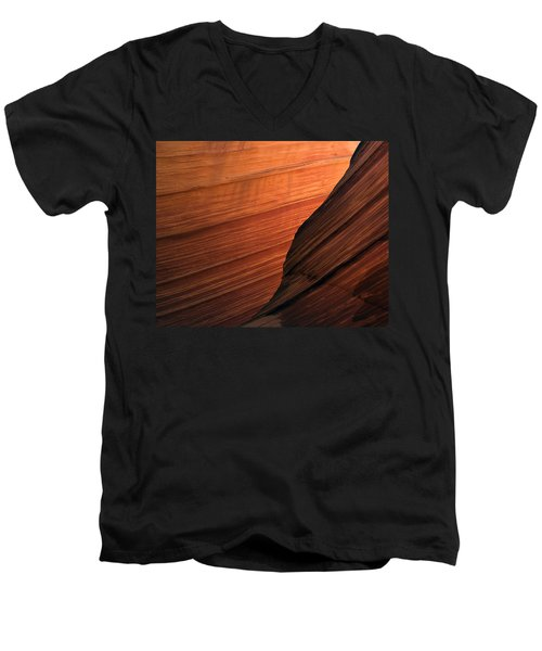 'the Wave' North Coyote Buttes 47 Men's V-Neck T-Shirt