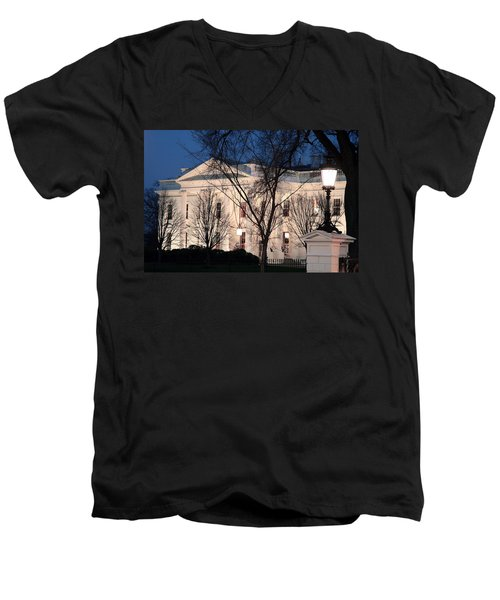 Men's V-Neck T-Shirt featuring the photograph The White House At Dusk by Cora Wandel