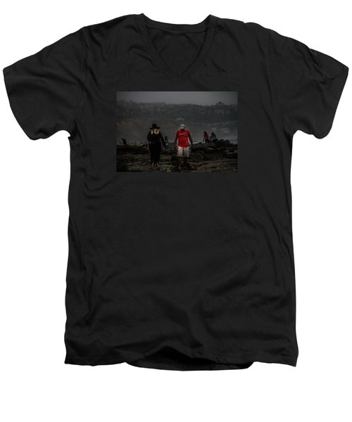 The Witch On The Beach Men's V-Neck T-Shirt