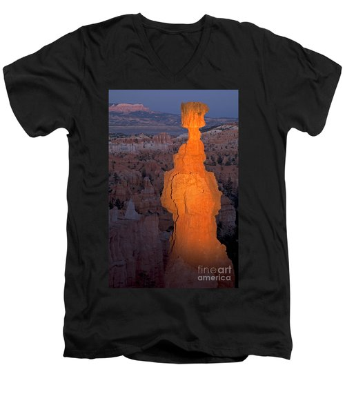 Thors Hammer Sunset Point Bryce Canyon National Park Men's V-Neck T-Shirt