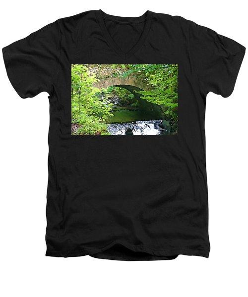 Torc Bridge Men's V-Neck T-Shirt