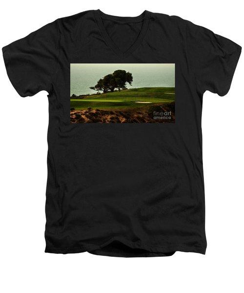 Torrey Pines Golfcourse Men's V-Neck T-Shirt