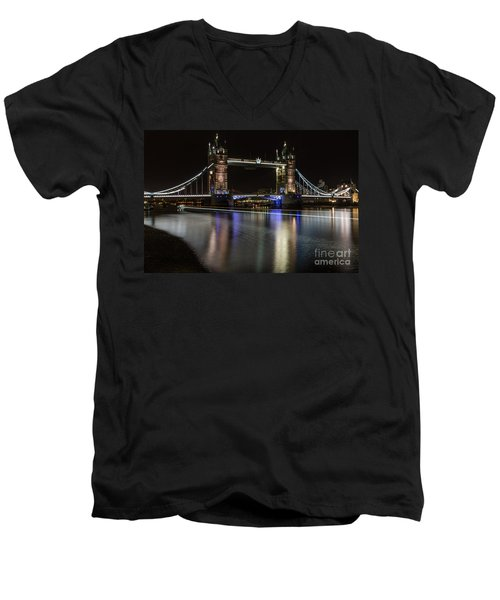 Tower Bridge With Boat Trails Men's V-Neck T-Shirt
