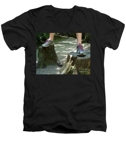 Tree Stump Stilts Men's V-Neck T-Shirt