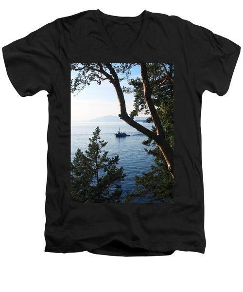 Tugboat Passes Men's V-Neck T-Shirt