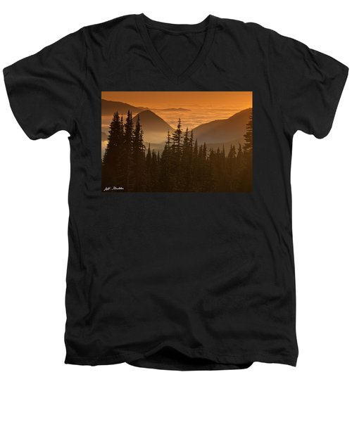 Tumtum Peak At Sunset Men's V-Neck T-Shirt by Jeff Goulden