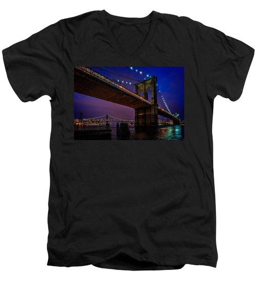 Twilight At The Brooklyn Bridge Men's V-Neck T-Shirt