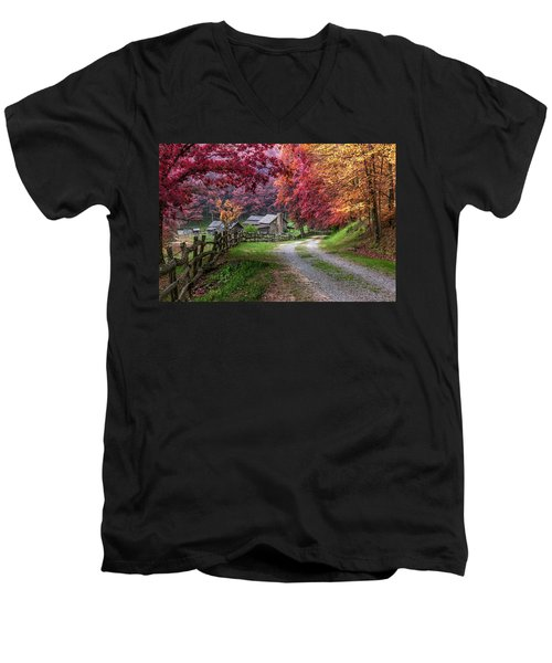 Twin Falls State Park Men's V-Neck T-Shirt