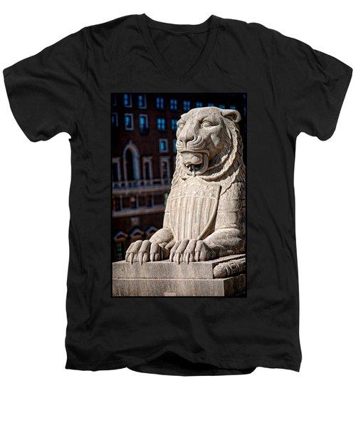 Urban King Men's V-Neck T-Shirt