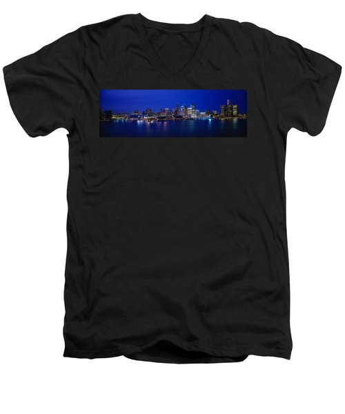 Usa, Michigan, Detroit, Night Men's V-Neck T-Shirt