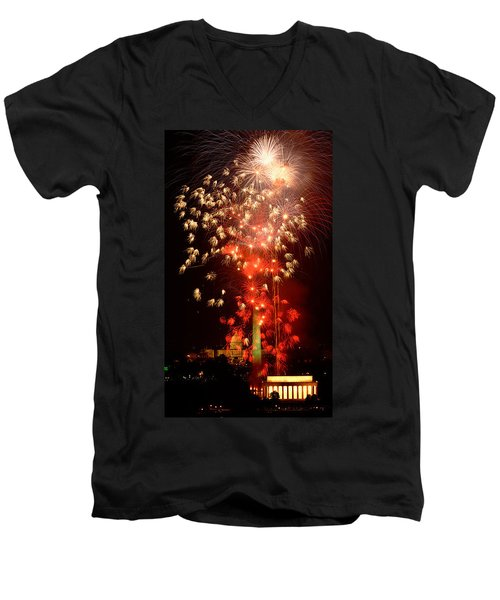 Usa, Washington Dc, Fireworks Men's V-Neck T-Shirt