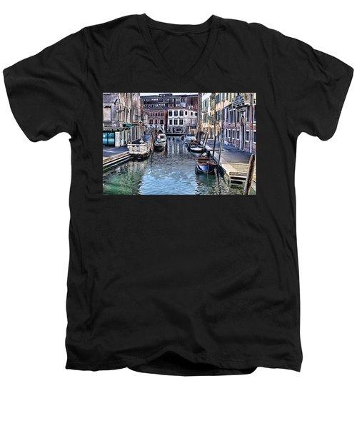 Venice Italy Iv Men's V-Neck T-Shirt